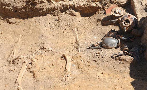 一座薩莫奈女性的墓地於龐貝城出土(AFP PHOTO / MARIO LAPORTA)